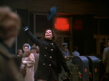 mary tyler moore throwing hat