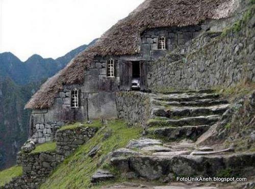 Desa Di Lereng Gunung Bulgaria
