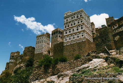 Blok Bangunan Tinggi Hasil Teknologi Abad Ke-12