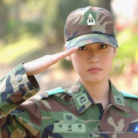 Cantiknya Tentara Ini, Mirip Bintang Film