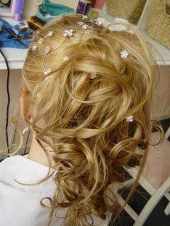 Ai queria o meu cabelo assim , a cor tá liiiinda D+ !!!