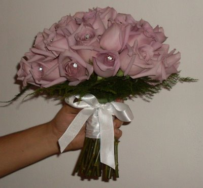 Buquê rosas liláses (lado)