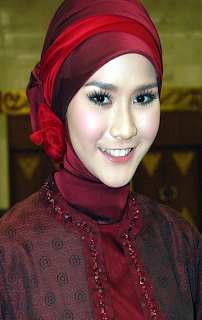 Zaskia Adya Mecca with Muslim Fashion 2