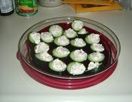 Shakin bakin foodie blog alouette creamy cucumber for Canape meaning in english