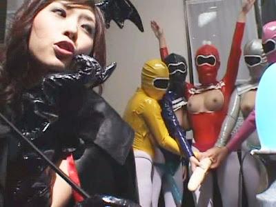 Lesbian Erotica Queen vs. Abnormal Big Tits Moma Ranger (2007)