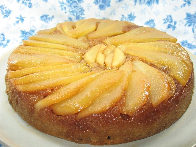 Coleen's Recipes: CARAMEL PEAR UPSIDE DOWN CAKE FOR VALENTINES DAY