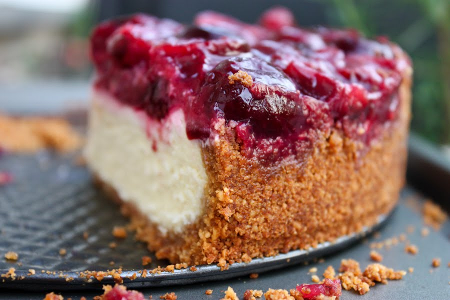 Пирог с вишней в мультиварке рецепт пошагово