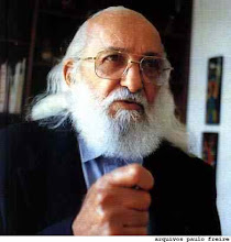 PAULO FREIRE