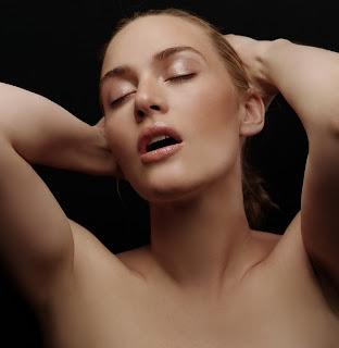 Kate Winslet Hairy Armpit 71