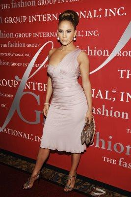 pink+Jennifer+Lopez.JPG