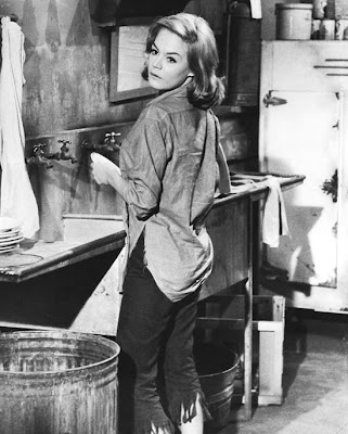 Sandra Dee looking all tasty in jeans.