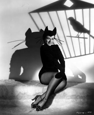 Paulette Goddard, sex kitten.