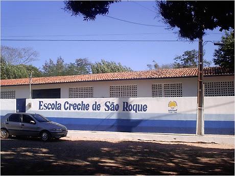 ESCOLA CRECHE EM SÃO ROQUE - (ANTIGO GRUPO ESCOLAR, FOTO ABAIXO)