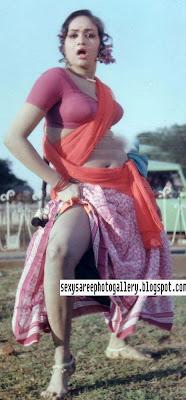 Desi lady ghaghra pussy photo
