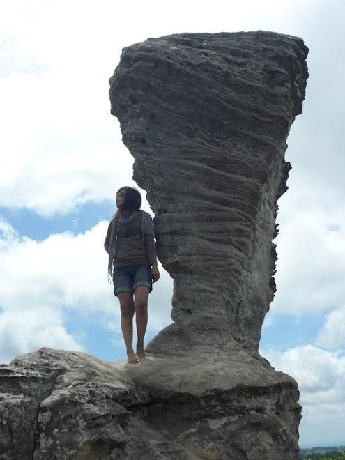 ภาพของดิฉัน ตอนยืนชมวิวบนหินฟีฟ่า เวิลด์คลับอย่างแสนสบาย