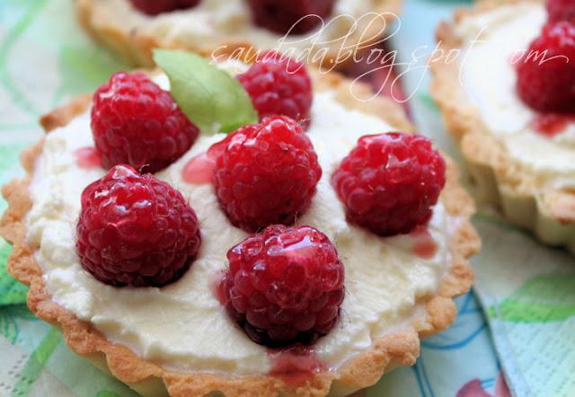 tarta owocowa kruche ciasto maliny deser