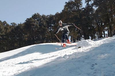 Skiing @ Auli