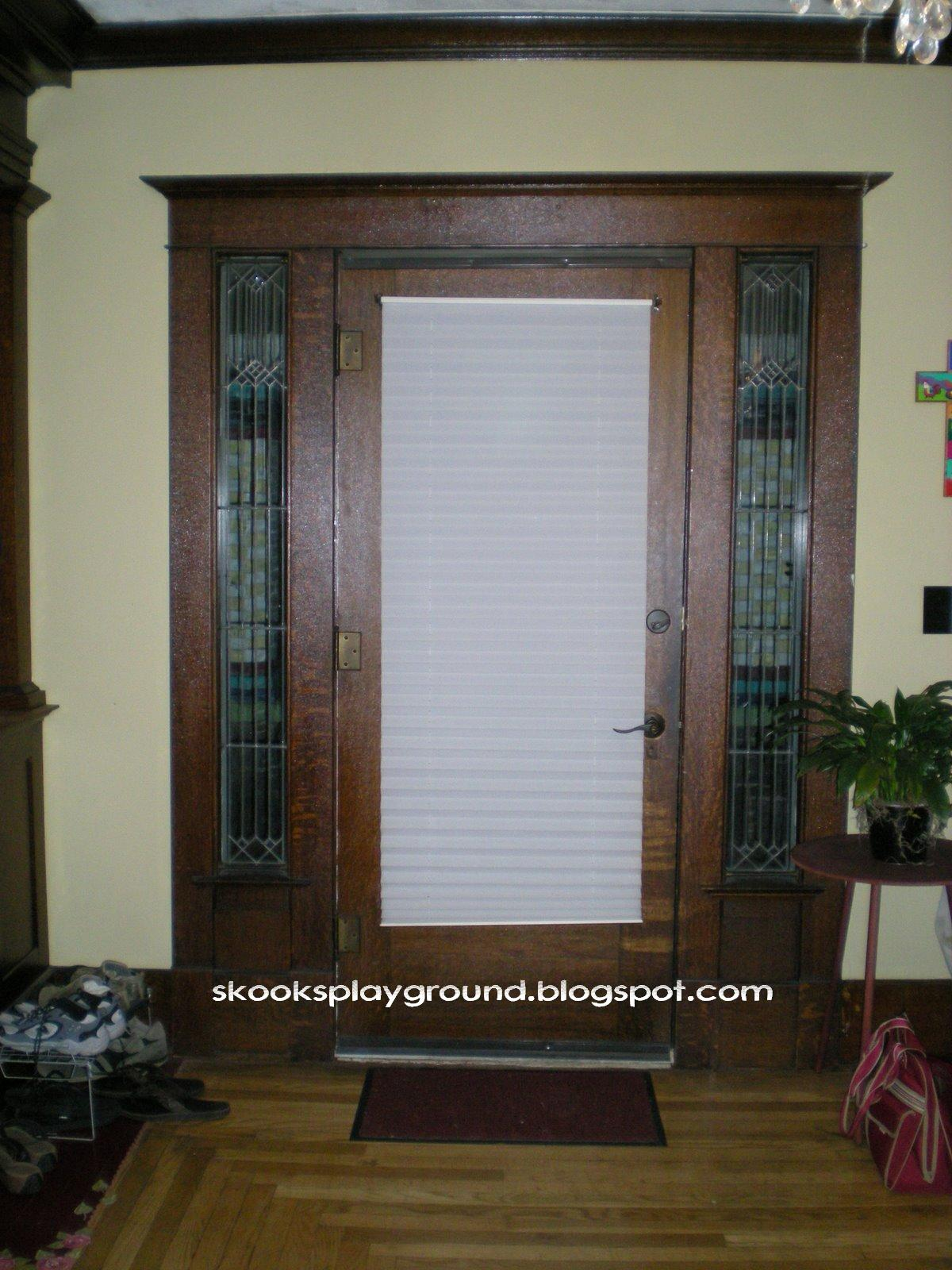 Front doors creative ideas front door curtain for Front door window curtains