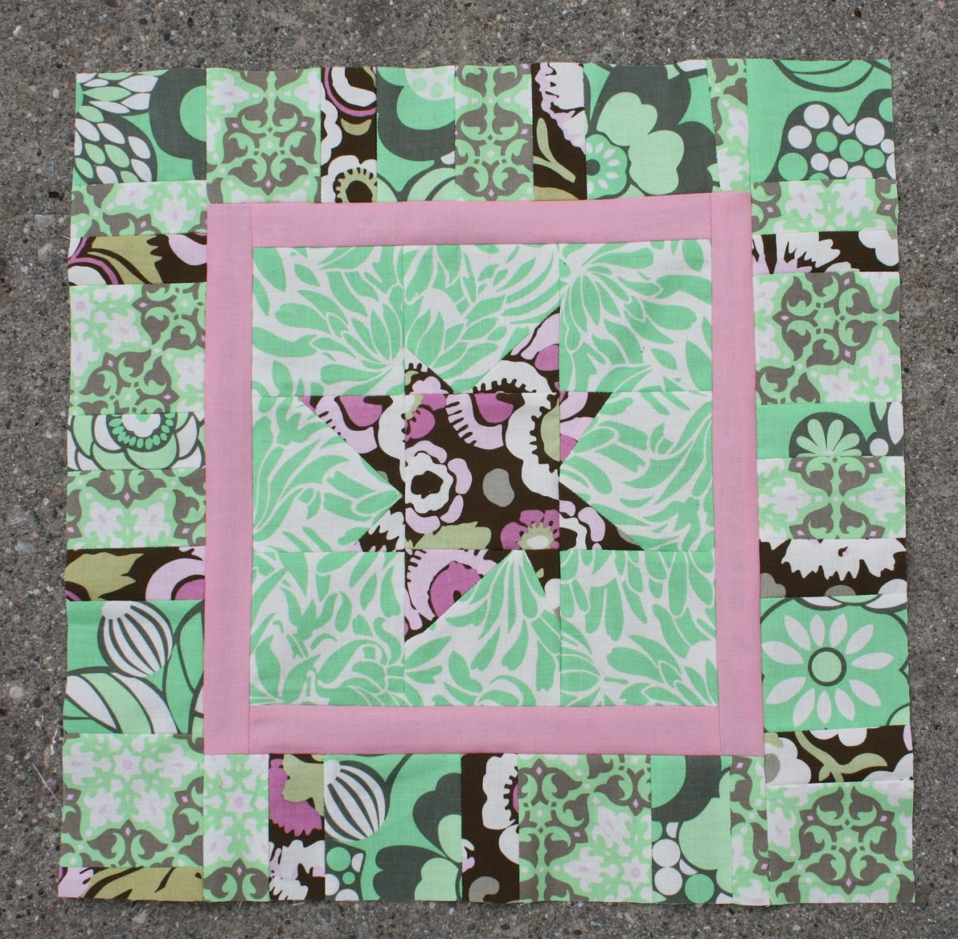 April's quilting bee block