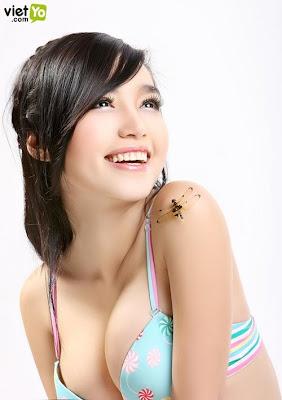 Elly Tran Ha photos gallery