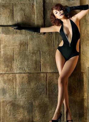Vietnamese model Trang Nhung
