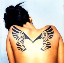 Juro que alucino con ese tattoo!!