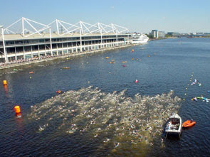 a seething wave of triathletes in Royal Victoria Dock