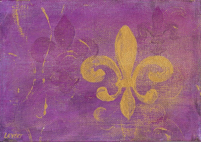 Gold Fleur De Lis is 5 inches