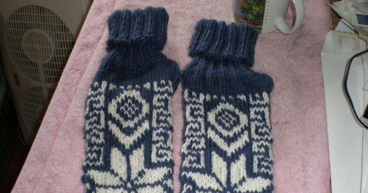 Knitting Slippers For Dummies : Knitting for dummies quot knitters thumb is no joke