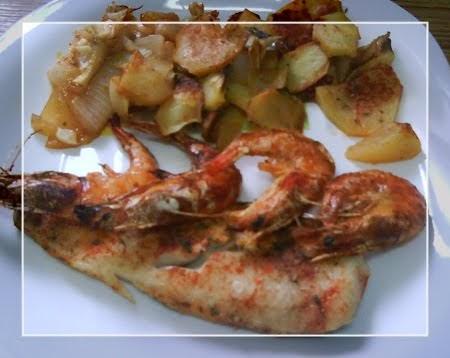 A dieta con ww merluza y langostinos al horno con patatas for Langostinos al horno