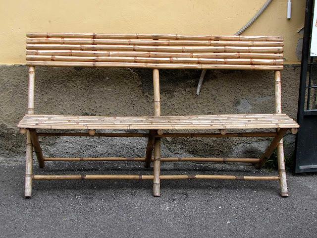 Bamboo bench, Scali del Ponte di Marmo, Livorno