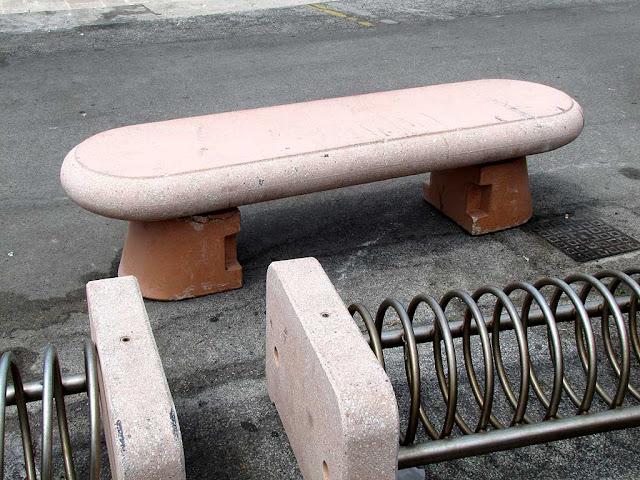 The bench which saved a car, Porto Mediceo, Livorno