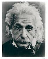 Albert Einstein en preguntas y respuestas de pregúntame