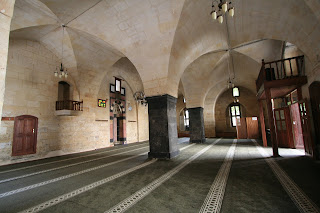 gaziantep black singles Gaziantep is a city in southeastern anatolia  grand old armenian church with white stone walls with black checkered edges  35 to 45 tl/single room .