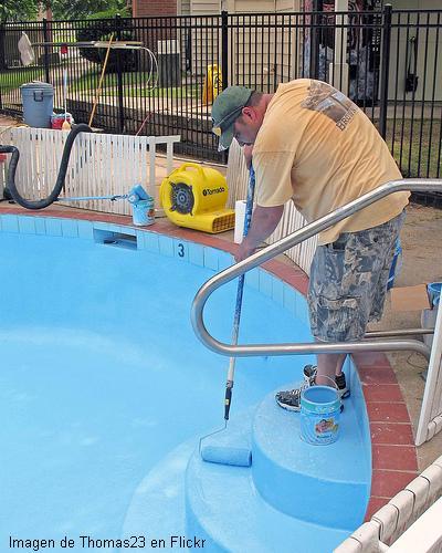 Pintar una piscina o pileta de nataci n for Como se hace una pileta de natacion de material