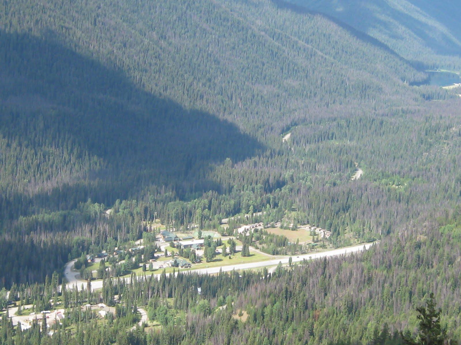 http://1.bp.blogspot.com/_OgDzgudS7U0/S-bK_fzPpPI/AAAAAAAAAI4/U3QYZY5L8pE/s1600/Rockies+July+2009006.jpg
