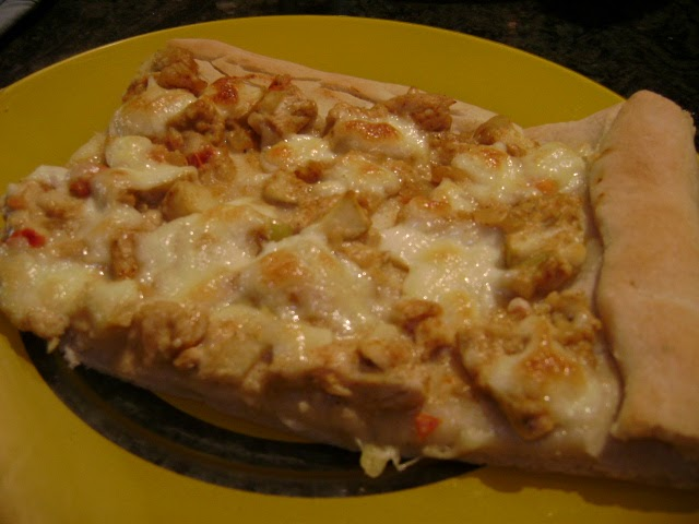 Bon Appétit!: Curried chicken pizza