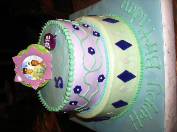 pictures of princess and the frog cakes. ~Princess and the Frog Cake ~