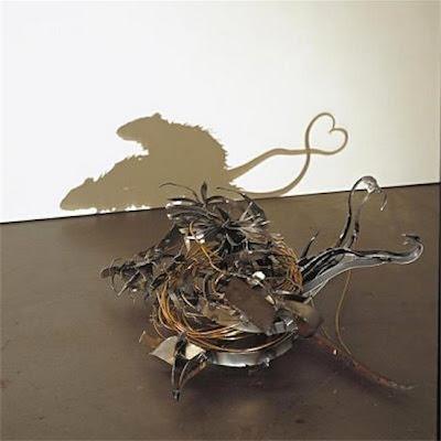 Ejemplos de Escultura con Luz o Arte Sombra (Shadow Art) de Kumi Yamashita