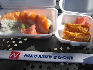 Niko Niko Sushi - genki roll and inari