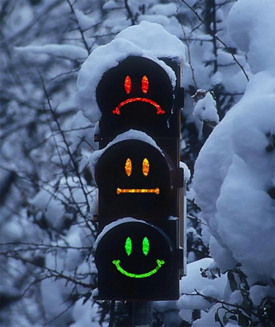http://1.bp.blogspot.com/_OlYQzqBRCxc/TICiTSHt7wI/AAAAAAAAAFI/e9dOx3sKR-4/s1600/Cooltrafficlight.jpg