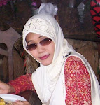 Mrs. Hj. Liliek Sosiowati, S.Pd.
