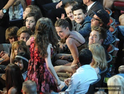 MTV  Movie Awards 2010 - Página 9 Mq024