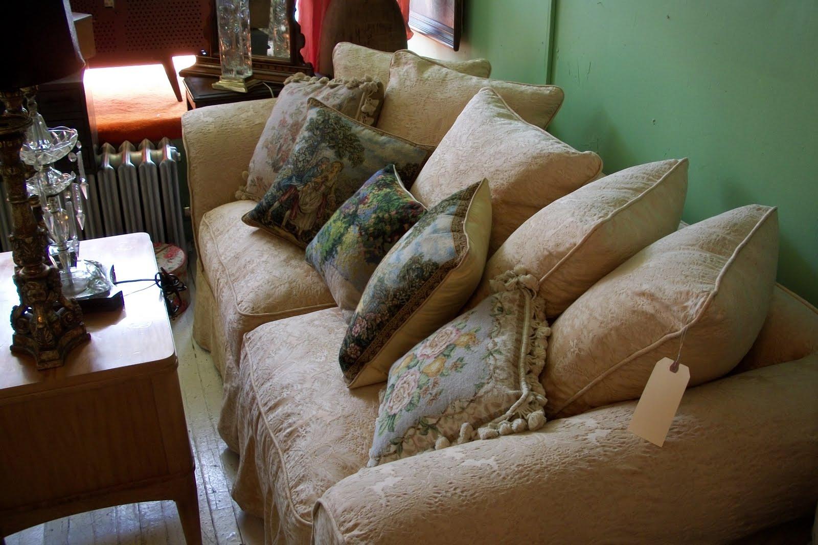 Rachel Shabby Chic Sofa