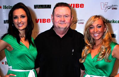 Paul and the Heineken Spokeswomen