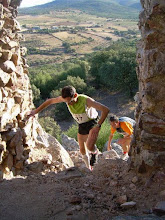 """V Maratón, IV Medio y II Cross por Montaña """"Pueblo de los Artesanos"""""""