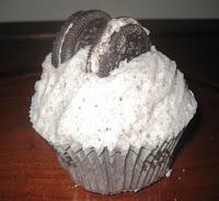 Crumbs Oreo Cupcake