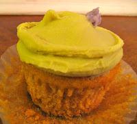 vanilla spelt cupcake at Babycakes