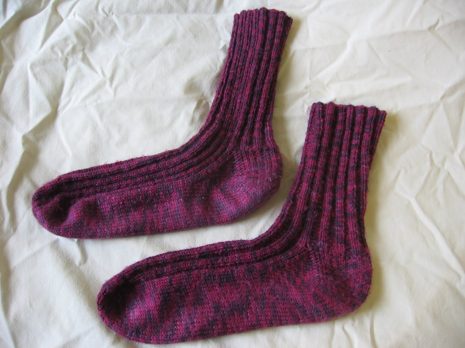 Needle and Spatula: Craft update: more socks, baby booties, and a ...