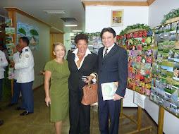 Expondo tambem no Encontro Internacional a Artista Plastica Rose Moreira